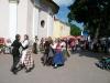 Литовские друзья показывают свой репертуар на площади