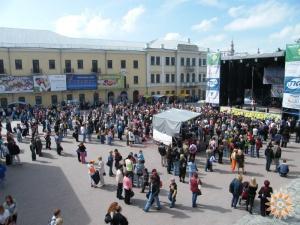 Площа перед ратушою