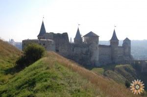 Стара Фортеця - фото з заходу з валів Нового замка