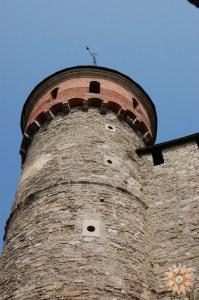 Стара Фортеця - фото Тенчинської башти