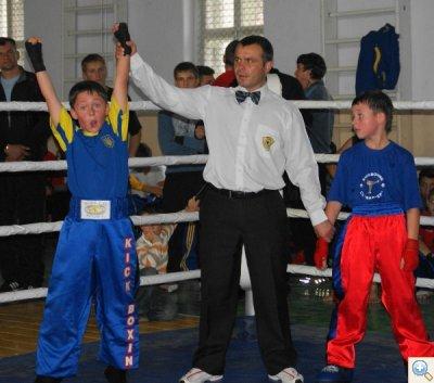 Кикбоксинг  победитель спаринга